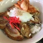 チャーシュー亭 - ミックス丼