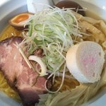 マルエス食堂 - 白湯しお(700円)