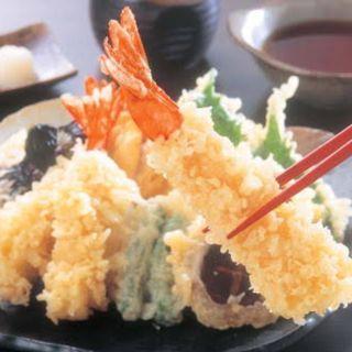 【1種類ずつオーダー可能】定番から創作まで絶品天ぷらがズラリ