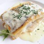 50342532 - ランチセット 1000円 の白身魚のポワレ レモングラスクリームソース