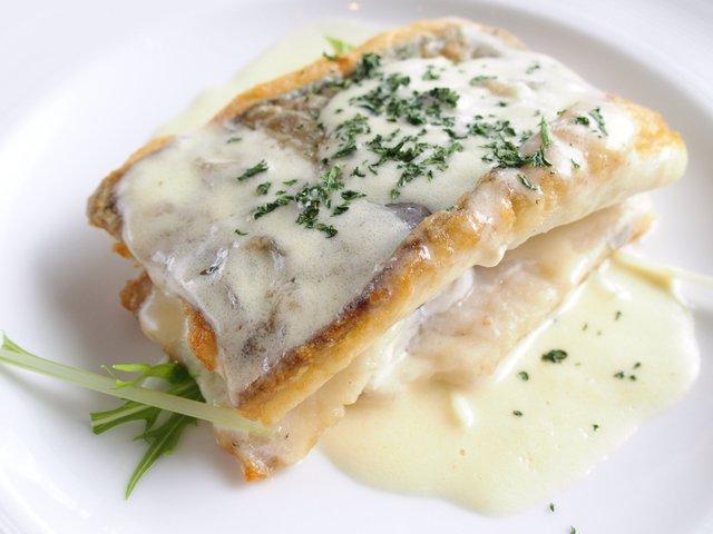 ロイクラトンリゾート - ランチセット 1000円 の白身魚のポワレ レモングラスクリームソース