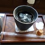 二ノ丸茶屋 - アイスコーヒー300円