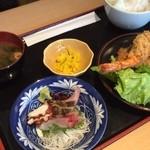 魚屋の居酒屋 魚錠 - MIXフライ定食