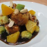 戸塚崎陽軒 嘉宮 - 料理写真:黒醋、黒糖で仕上げた特製酢豚