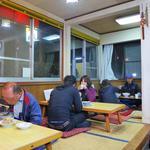 アルプス食堂 - 地元からと思しきお客さんが大勢!