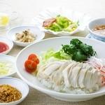 中国料理 李芳 - 蒸鶏のせご飯