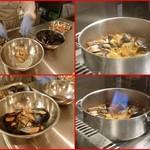 エスパイ クック コウベ - 丁寧に1個1個殻外し・・仕上げ前にバーナーで貝の風味を凝縮!