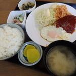 味の十八番 - 2016.4 日替わり~ハンバーグ目玉焼定食