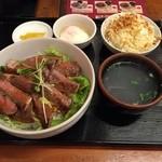 50365866 - サーロインステーキ丼。スープ、サラダ付き(^-^)/