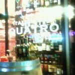 ITALIAN QUATRO - 夜は明るめの照明