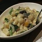 resort&dining Cascade - クリーミーなソースがかかったニョッキ^^