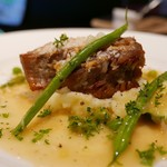 50373772 - うま塩で浸けた豚バラ肉の煮込み 春野菜を添えて up