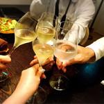 メゾン ルパン ミュラ - シャンパーニュで乾杯!