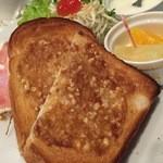 神戸館 - 料理写真:アーモンドトースト