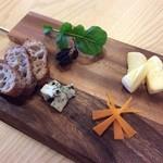 brasserie la fine - チーズ盛り合わせ