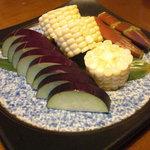 たらキッチン - 生野菜の盛り合わせ