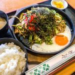 TANAKA - 焼きそば定食 700円
