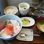 ふくたけ - 料理写真:海鮮丼Bセット 1.300円♪