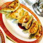 中華料理 大宝 - 大ぶり餃子