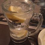 カンラン - グレープフルーツの様な味わいの美味しいレモンサワー