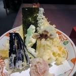 そば茶屋 華元 本膳庵 - 海老天が2つ入った天婦羅は勿論揚げたてアツアツ。