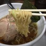 らぁめん たむら - 和風鶏がららぁめん(800円)麺リフト