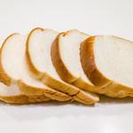 AOI Bakery - 高級食パン(1斤) 350円+税