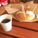 パン屋のオヤジ - コーヒー/カフェミルク