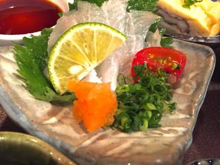 柊 - 穴子の造り   美味です(*^_^*)