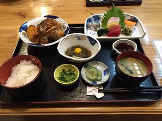 魚将 さかなちゃん - 刺身膳1650円