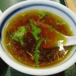 中華 東秀 - スープ