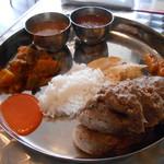 カジャ ガル - DHEDO SET(ディードセット)ネパールのそばご飯セット 790円