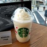 スターバックス・コーヒー - バニラクリームフラペチーノ