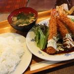 サンフラワー - 料理写真:エビフライ定食