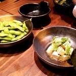 芝浦食肉 市ヶ谷店 - 枝豆と醤油クリームチーズ