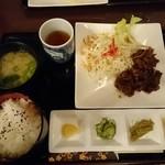 喫茶 こぶち - 料理写真:焼肉定食950円