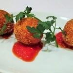 ラ・ベルデ - アランチーニ(いろいろ野菜のライスコロッケ)