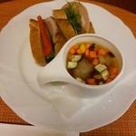 サーレ・エ・ペペ - 料理写真:Pane&Zuppa(手作りサンドウィッチ&本日のスープ)