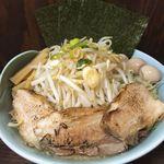 麺屋 滝昇 - ラーメン特盛400g ¥920 全部のせ¥320 野菜増量無料