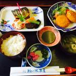 椎の木茶屋 - ランチ(焼き魚とカニクリームコロッケ)¥1,000