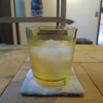 お散歩 - お冷はレモン水