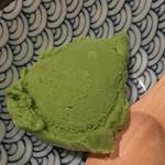 ROBATA 二代目 心 - デザートの抹茶アイス