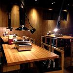 和牛・焼肉・食べ放題 肉屋の台所 - 店内の雰囲気