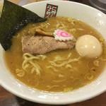 煮干しらーめん 玉五郎 四代目 - ニボニボ( ̄ー ̄)bグッ!!