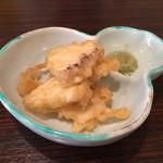 芦屋 花ゆうぜん - つきだしは、朝堀り筍の天ぷら…抹茶塩で(((o(*゚▽゚*)o)))