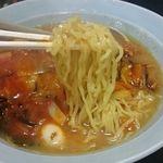ラーメン万万 - ちゃんぽんの麺