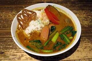 タイムピース カフェ - ソーセージと野菜のスパイシーカレー(税別\950)