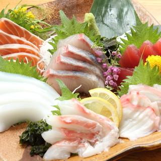産地直送の海鮮料理をご堪能下さい。
