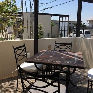 ガーデン カフェ - テラス席大好きなの