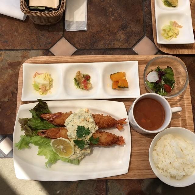 ガーデン カフェ - 海老フライセット